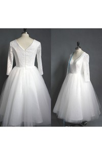 A Line V-neck Lace Tulle Zipper Wedding Gown