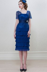 Knee-Length Short Sleeve Square Neck Tiered Chiffon Mother Of The Bride Dress