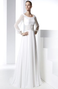 Sheath Long Sleeve Appliqued Scoop Neck Chiffon Wedding Dress