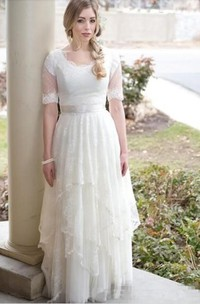 A Line Scalloped Lace Tulle Lace-up Corset Back Wedding Gown
